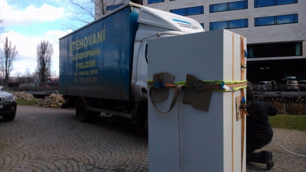 Stěhování trezorů Brno